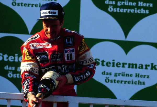 1987 Austrian Grand Prix.Osterreichring, Zeltweg, Austria.14-16 August 1987.Nigel Mansell (Williams Honda) 1st position.World Copyright - LAT Photographic