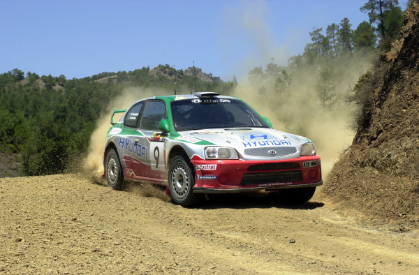 2001 World Rally ChampionshipCyprus Rally June 1-3, 2001Kenneth Eriksson on Stage 3Photo: Ralph Hardwick/LAT
