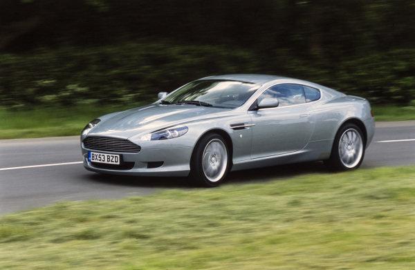 Aston Martin DB9.