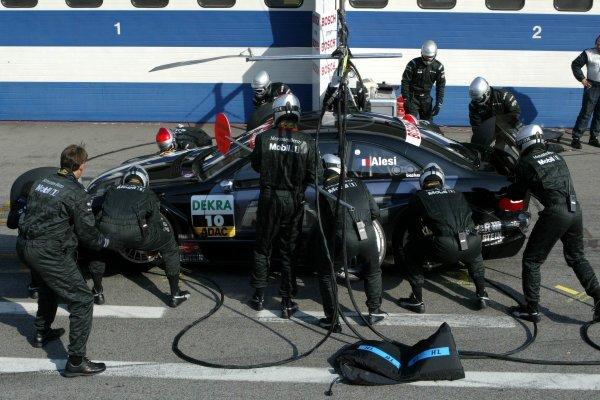 Pitstop of Jean Alesi (FRA), AMG-Mercedes, Mercedes-Benz CLK-DTM. DTM Championship, Rd 8, A1-Ring, Austria. 07 September 2003. DIGITAL IMAGE
