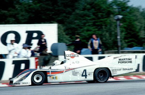 1977 Le Mans 24 hours.Le Mans, France. 11-12 June 1977. Jacky Ickx/Jurgen Barth/Hurley Haywood (Porsche 936), 1st position. Ref: 77LM03. World Copyright: LAT Photographic