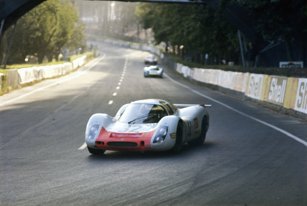 Gerhard Mitter / Vic Elford, Porsche System Engineering, Porsche 908.