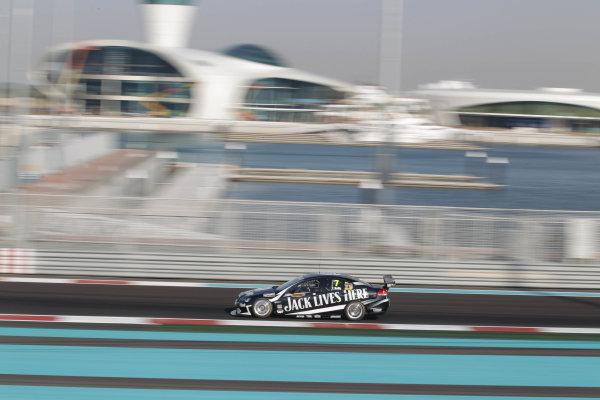 Yas Marina Circuit. Abu Dhabi, UAE.19th - 20th February 2010.Car 7, Holden Commodore VE, Kelly Racing team, Todd Kelly.World Copyright: Mark Horsburgh/LAT Photographicref: Digital Image 7-Kelly-T-EV01-3227