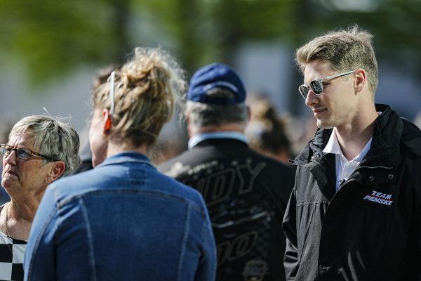 #2: Josef Newgarden, Team Penske Chevrolet at the driver's meeting