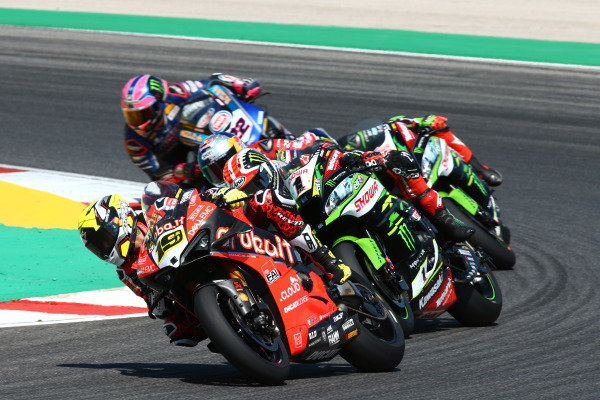 Alvaro Bautista, Aruba.it Racing-Ducati Team, Jonathan Rea, Kawasaki Racing Team, Toprak Razgatlioglu, Turkish Puccetti Racing.