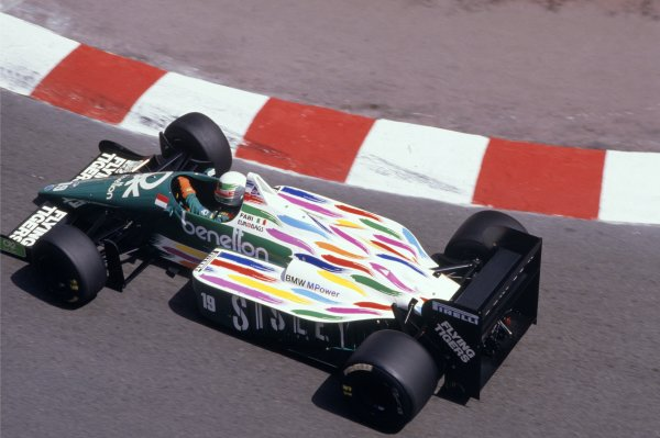 1986 Monaco Grand Prix.  Monte Carlo, Monaco. 8th - 11th May 1986.  Teo Fabi (Benetton B186-BMW), retired, action. World Copyright: LAT Photographic.