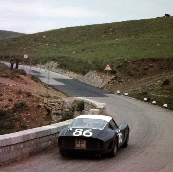 Little Madonie Circuit, Sicily, Italy. 6th May 1962. Rd 5.Giorgio Scarlatti/Pietro Ferraro (Ferrari 250 GTO), 4th position, action. World Copyright: LAT Photographic.Ref:  443.