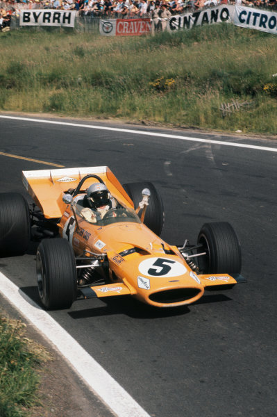 Clermont-Ferrand, France. 4-6th July 1969.  Bruce McLaren, McLaren M7C Ford.  Ref: 69FRA07. World Copyright: LAT Photographic