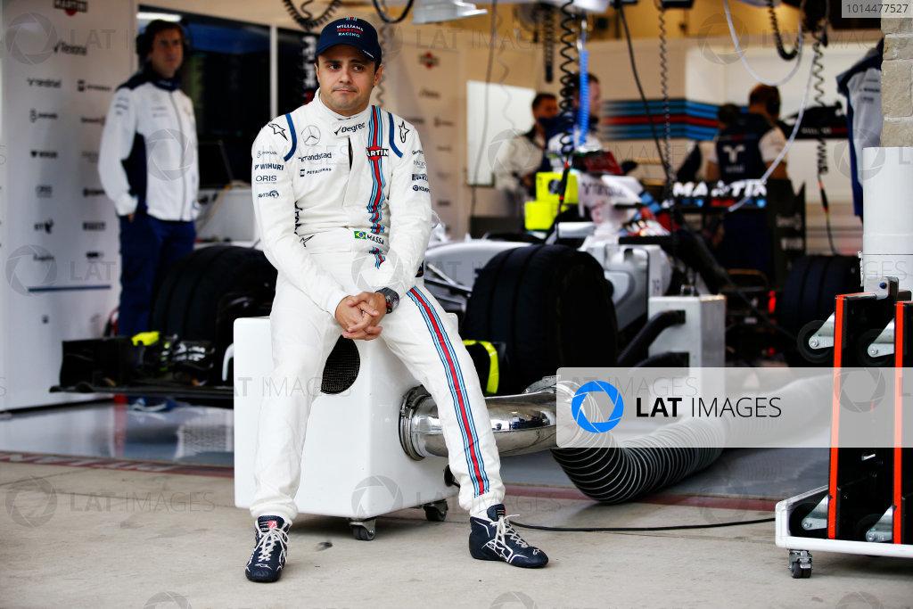 Circuit of the Americas, Austin, Texas, United States of America. Saturday 24 October 2015. Felipe Massa, Williams F1, in the pit lane. World Copyright: Glenn Dunbar/LAT Photographic. ref: Digital Image _89P5135