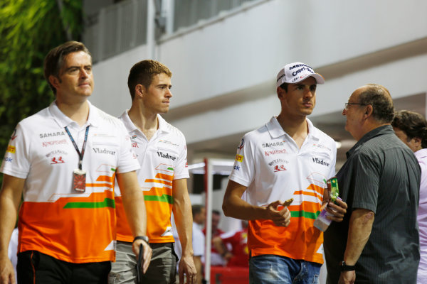 Marina Bay Circuit, Singapore. Friday 20th September 2013. Paul di Resta and Adrian Sutil, Force India with Team Manader Andy Stevenson in the paddock. World Copyright: Charles Coates/LAT Photographic. ref: Digital Image _N7T3012