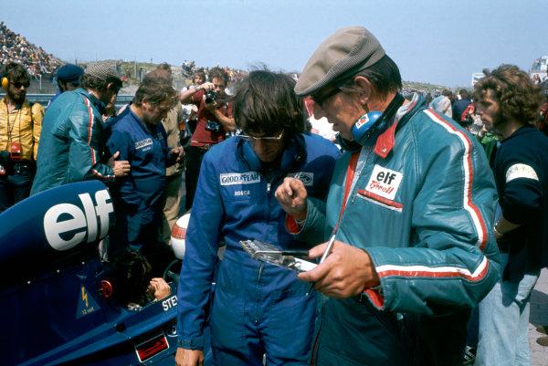 1973 Dutch Grand Prix.  Zandvoort, Netherlands. 27-29th July 1973.  Ken Tyrrell on the grid.  Ref: 73HOL90. World Copyright: LAT Photographic