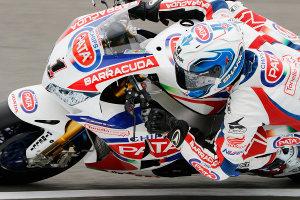 2015 World Superbike Championship.  Donington Park, UK.  23rd - 24th May 2015.  Sylvain Guintoli, Pata Honda.  Ref: KW7_4741a. World copyright: Kevin Wood/LAT Photographic