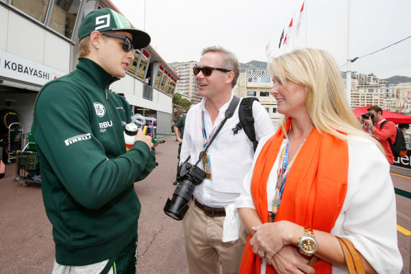 Monte Carlo, Monaco. Sunday 25 May 2014. Marcus Ericsson, Caterham F1, talks with Nina Peterson, the daughter of Ronnie Peterson.  World Copyright: Charles Coates/LAT Photographic. ref: Digital Image _N7T8000