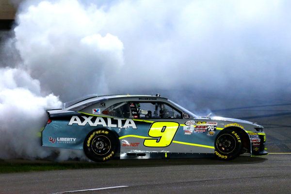 NASCAR XFINITY Series American Ethanol E15 250 presented by Enogen Iowa Speedway, Newton, IA USA Saturday 24 June 2017 William Byron, AXALTA / WINDSOR Window & Doors Chevrolet Camaro celebrates his win with a burnout World Copyright: Russell LaBounty LAT Images