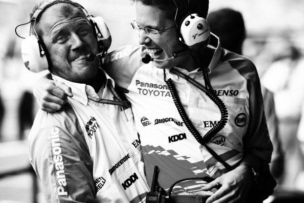 Ossi Oikarinen (FIN) Toyota Race Engineer (Right). Formula One World Championship, Rd 12, German Grand Prix, Practice Day, Hockenheim, Germany, 28 July 2006. DIGITAL IMAGE