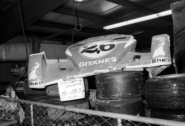 The Ligier team offer for sale a front wing damaged by driver Jacques Laffite (FRA) for $150.United States Grand Prix East, Rd15, Watkins Glen, USA, 10 October 1976.