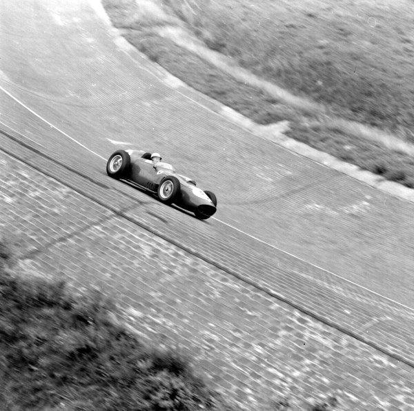 1959 German Grand Prix.Avus, Berlin, Germany.31/7-2/8 1959.Phil Hill (Ferrari Dino 246) 3rd position.Ref-4647.World Copyright - LAT Photographic