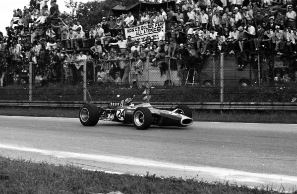 1967 Italian Grand Prix.Monza, Italy.8-10 September 1967.Giancarlo Baghetti (Lotus 49 Ford).Ref-1730/35A.World Copyright - LAT Photographic