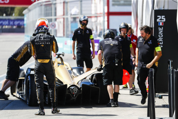 Jean-Eric Vergne (FRA), DS TECHEETAH, DS E-Tense FE19, returns to the garage