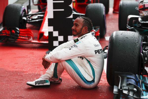 Lewis Hamilton, Mercedes AMG F1, in parc ferme.