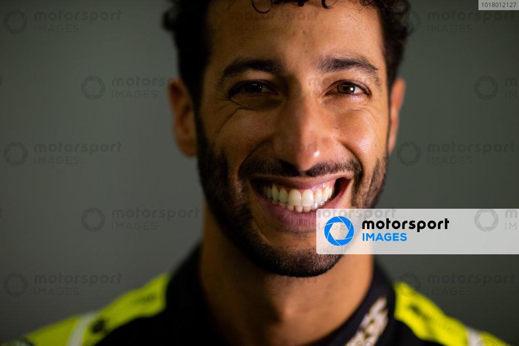 Daniel Ricciardo, Renault F1 Team. Copyright: James Moy/XPB/Renault F1