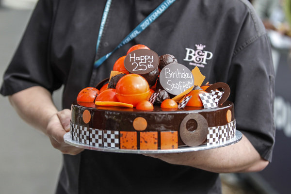25th Birthday cake for Stoffel Vandoorne (BEL) McLaren at Formula One World Championship, Rd1, Australian Grand Prix, Race, Albert Park, Melbourne, Australia, Sunday 26 March 2017.