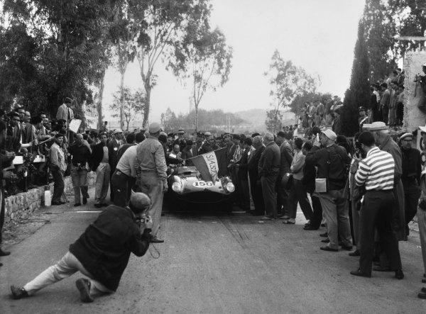 Little Madonie Circuit, Sicily, Italy. 24th May 1959. Rd 2 Jean Behra/Tony Brooks (Ferrari 250 TR 59), retired, portrait. World Copyright: LAT Photographic Ref:  B/W Print