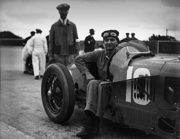 Monthlery, France. 3rd July 1927.W. Williams, Talbot 700, portrait. World Copyright: LAT Photographic.Ref:  Autocar Glass Plate A8118.