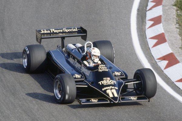1981 Dutch Grand PrixZandvoort, Holland. 28-30 August 1981.Elio de Angelis (Lotus 87-Ford Cosworth), 5th position. Ref - 81HOL30.World Copyright - LAT Photographic
