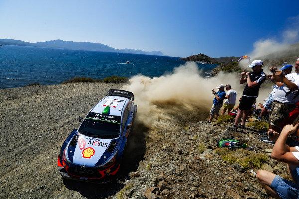 Hayden Paddon, Hyundai Motorsport, Hyundai i20 Coupé WRC 2018,