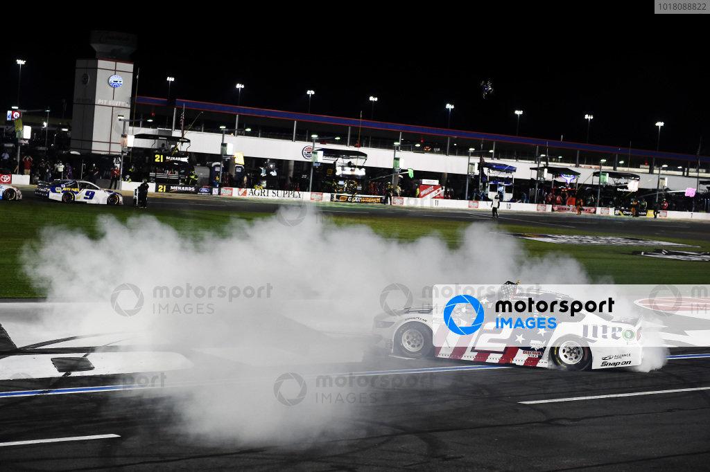 Race winner Brad Keselowski, Team Penske Ford Miller Lite, Copyright: Jared C. Tilton/Getty Images.