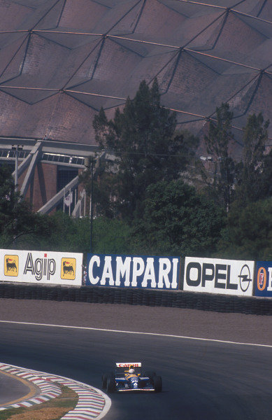 1992 Mexican Grand Prix.Mexico City, Mexico.20-22 March 1992.Riccardo Patrese (Williams FW14B Renault) 2nd position at Peralta.Ref-92 MEX 04.World Copyright - LAT Photographic