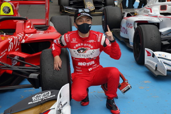 Winner Tomoki Nojiri ( #16 TEAM MUGEN, Dallara SF19 Honda), celebrates in parc ferme