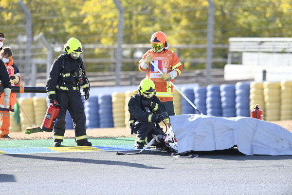 Bike of Mattia Casadei, Ongetta SIC58 Squadracorse after the crash.