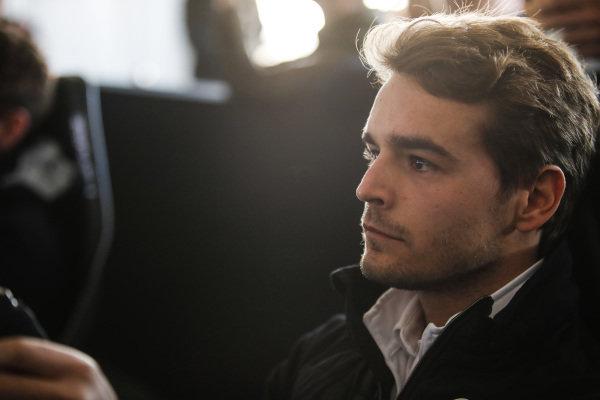 Tom Dillmann (FRA), NIO Formula E Team, on the simulator