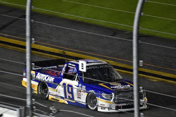 #19: Derek Kraus, McAnally Hilgemann Racing, Toyota Tundra NAPA Auto Care