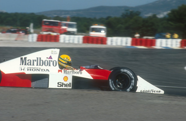 1990 French Grand Prix.Paul Ricard, Le Castellet, France.6-8 July 1990.Ayrton Senna (McLaren MP4/5B Honda) 3rd position. Ref-90 FRA 21.World Copyright - LAT Photographic