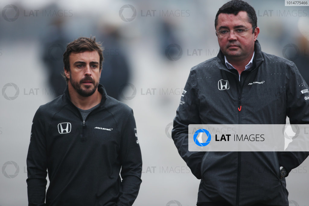 Shanghai International Circuit, Shanghai, China.  Friday 07 April 2017. Fernando Alonso, McLaren, with Eric Boullier, Racing Director, McLaren. World Copyright: LAT Images ref: Digital Image AN7T5460