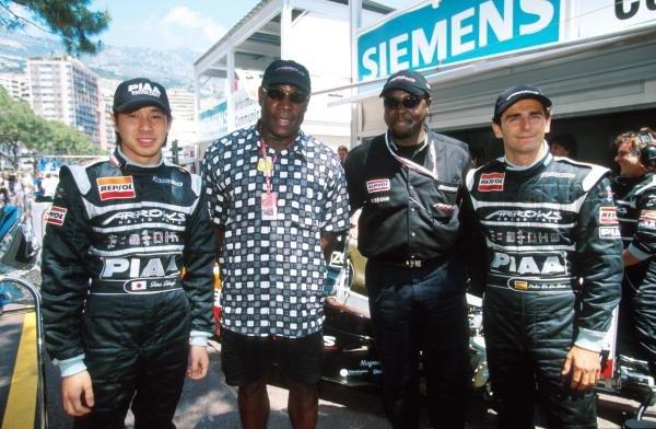 L to R: Tora Takagi (JPN), Former World Champion boxer Frank Bruno, 'the prince' and Pedro de la Rosa (ESP) Monaco GP, 16 May 1999
