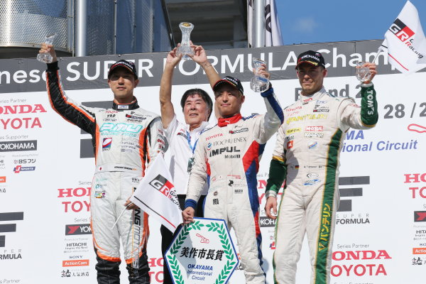 2017 Japanese Super Formula. Okayama, Japan. 27th - 28th May 2017. Rd 2. Race 2 Winner Yuhi Sekiguchi ( #19 ITOCHU ENEX TEAM IMPUL SF14 ) 2nd position Hiroaki Ishiura ( #2 P.MU/CERUMO ? INGING SF14 ) 3rd position Andre Lotterer ( #36 VANTELIN KOWA TOM?S SF14 ) podium portrait  World Copyright: Yasushi Ishihara / LAT Images. Ref: 2017SF_Rd2_Race2_008