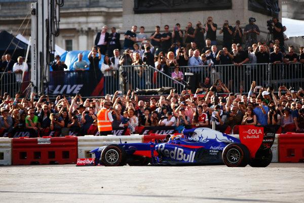 London, United Kingdom.  Wednesday 12 July 2017. Carlos Sainz Jr, Toro Rosso STR12 Renault. World Copyright: Hone/LAT Images  ref: Digital Image _ONY4081