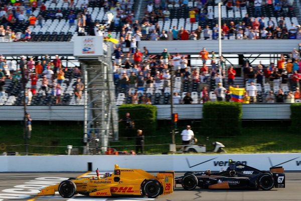 22-23 August, 2015, Pocono, Pennsylvania USA Ryan Hunter-Reay drives under the checkered flag to win ?2015, Russell LaBounty LAT Photo USA