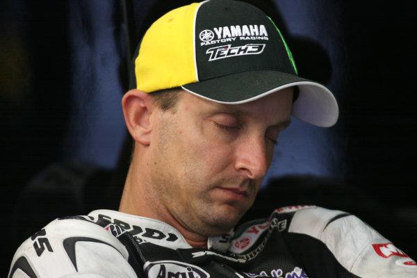 Portugal Estoril Oct 29-31Colin Edwards Monster Yamaha Tech 3 asleep 10mins before the start of FP2