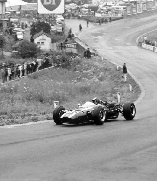 1966 Belgian Grand Prix.Spa-Francorchamps, Belgium. 12 June 1966.Jochen Rindt, Cooper T81-Maserati, 2nd position, action.World Copyright: LAT PhotographicRef: 34832