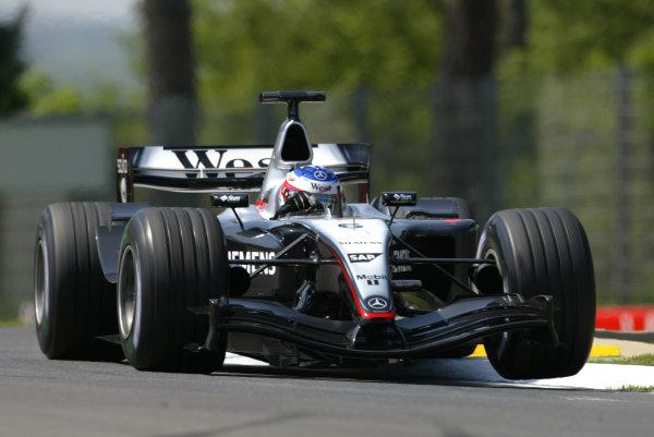 2004 San Marino Grand Prix-Friday Practice,Imola, Italy.23rd April 2004Kimmi Raikkonen, McLaren Mercedes MP4-19, action.World Copyright LAT Photographic.ref: Digital Image Only