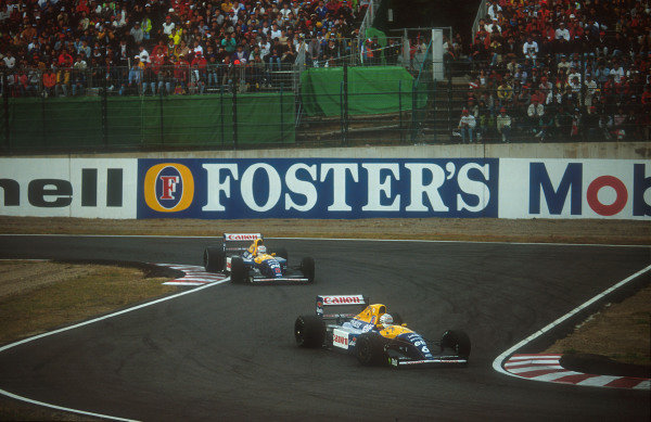 1992 Japanese Grand Prix.Suzuka, Japan.23-25 October 1992.Riccardo Patrese leads teammate Nigel Mansell (both Williams FW14B Renault's) through the Casio Triangle Chicane. This was Patrese's last Grand Prix win.Ref-92 JAP 04.World Copyright - LAT Photographic