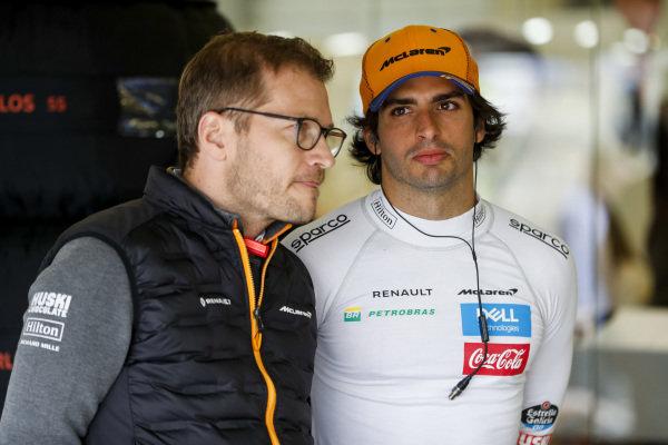 Andreas Seidl, Team Principal, McLaren, and Carlos Sainz Jr, McLaren