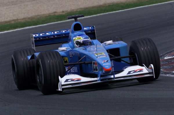 2000 French Grand Prix.Magny-Cours, France. 30/6-2/7 2000.Giancarlo Fisichella (Benetton B200 Playlife).World Copyright - LAT Photographic