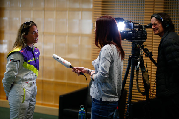 Shea Holbrook (USA) talks to the press