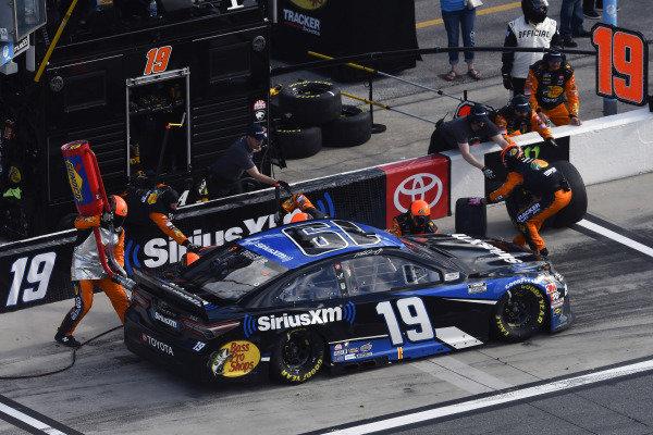 #19: Martin Truex Jr., Joe Gibbs Racing, Toyota Camry SiriusXM